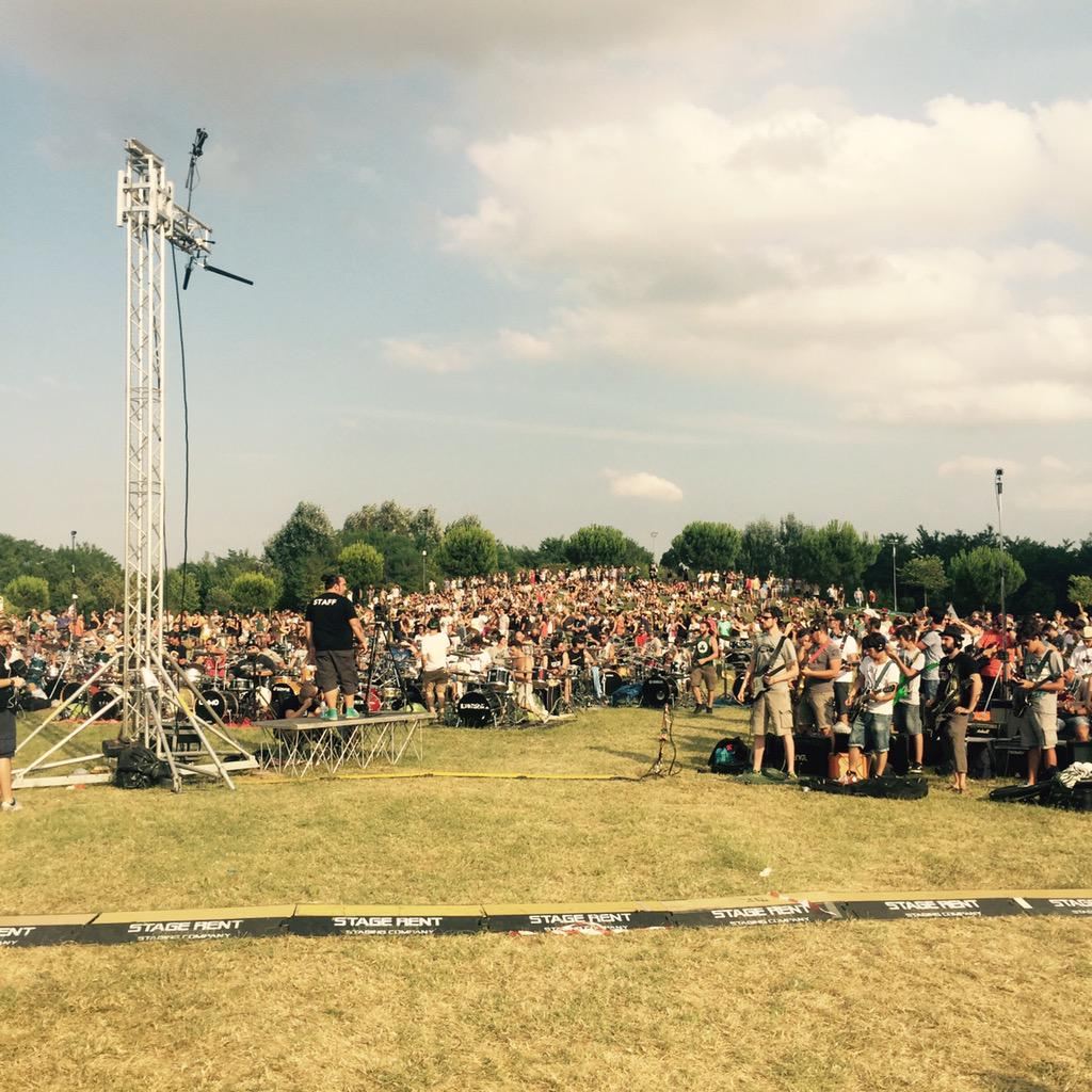 Why 1,000 Italians Played The Foo Fighters' 'Learn To Fly' (UPDATE)