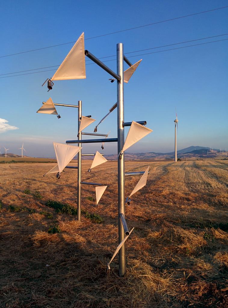 Installazione site-specific, progetto Daunia Land Art, Candela, 2015.