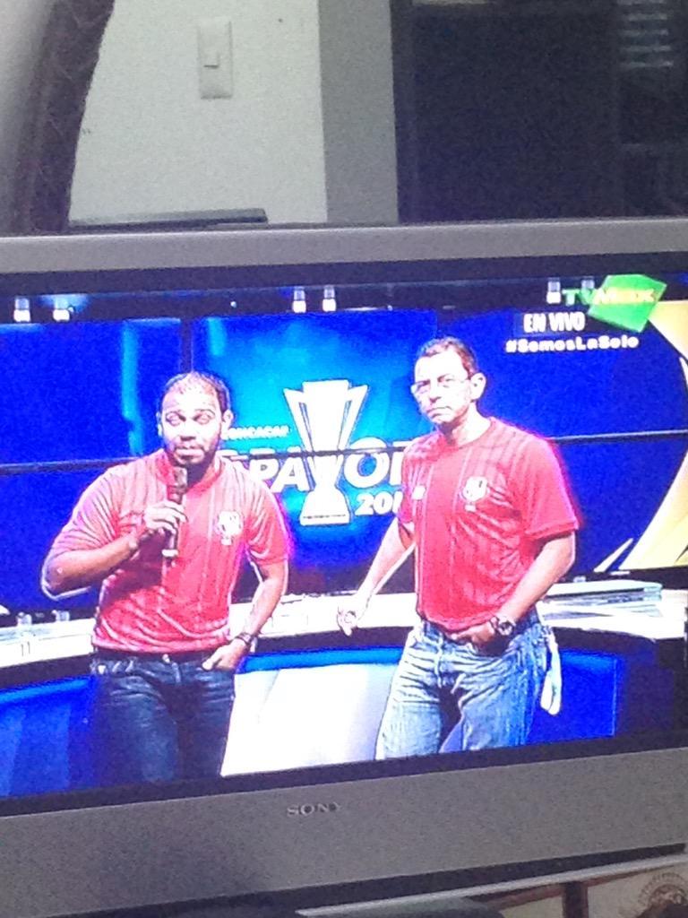 Felicito a @TvMaxPanama por la PROTESTA DE NO TRANSMITIR!!!! #BOYCOTCONCACAF #VIVAPANAMA #CONCACAFLADRONES #BIGWIN http://t.co/tx08THG42d