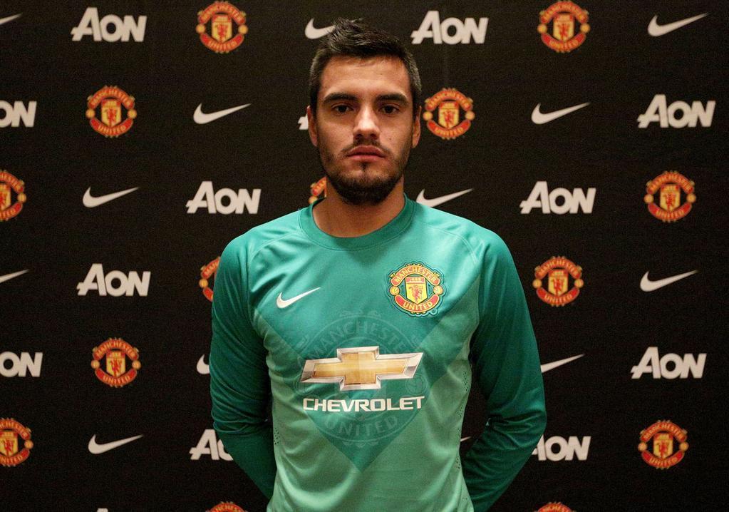 OFICIAL: El Manchester United ficha a Romero para reforzar la portería. #elchiringuitodeneox