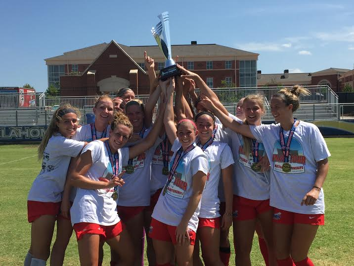 .@chicagoredstars Reserves Crowned 2015 WPSL National Champions. http://t.co/RkipJ5zuBS  #WPSLStrong http://t.co/c3oQAC1vRi