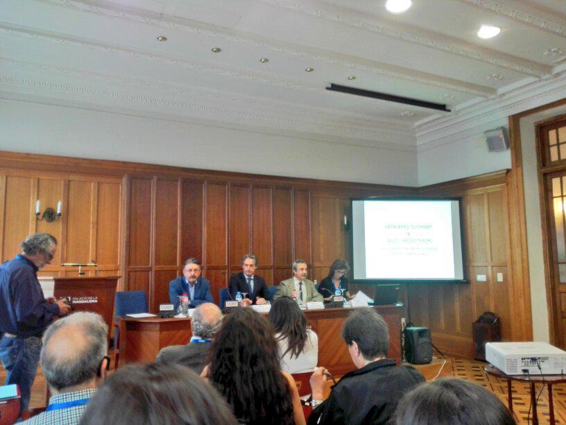 Apertura del curso #coleccionismoUIMP ,subrayando la necesidad desde los poderes públicos de apoyar al coleccionismo http://t.co/lKp2CQiqNf