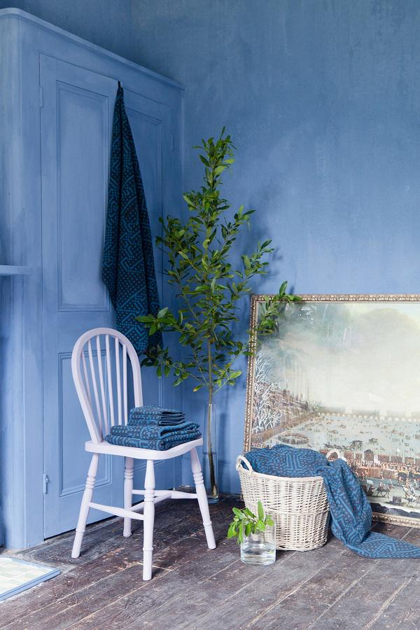 Ravishing! A new limewash paint launching at @Decorex_Intl by @BertandMay http://t.co/IFkBh2f7iG http://t.co/nrY58GsPl6