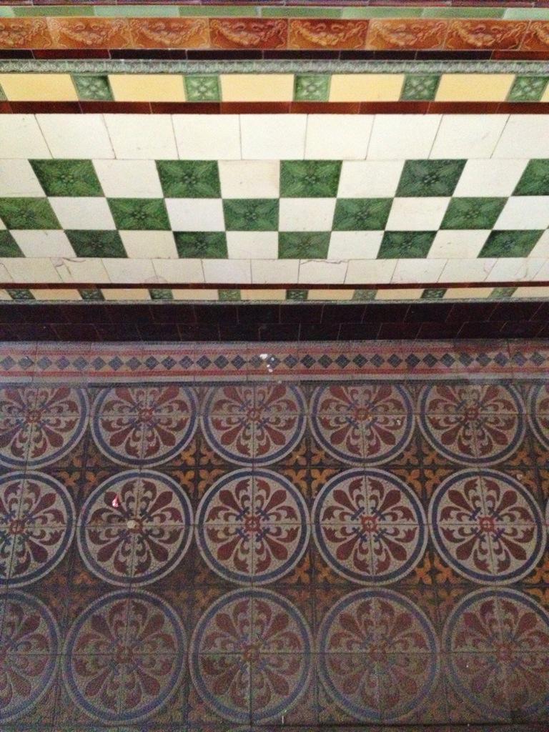 Tenement tiles on twitter southside of glasgow tenement southside of glasgow tenement tile wallyclose vintage interior design decor scotland floor patternpicitterenu9fywpki dailygadgetfo Image collections