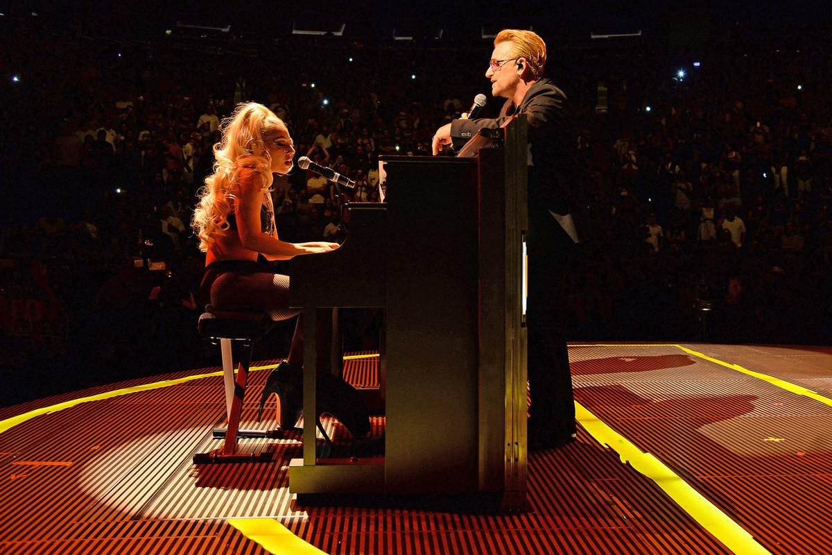 Lady Gaga con gli U2