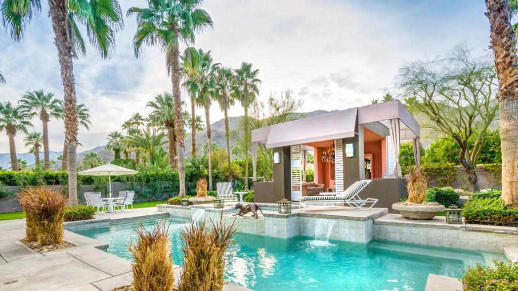 La villa di Elizabeth Taylor a Palm Springs e' in affitto