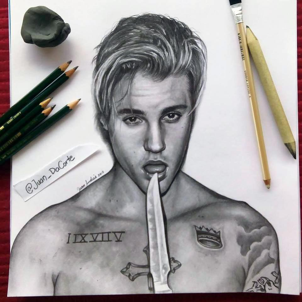 Im happy with the result of my new drawing its @justinbieber from @interviewmag photoshoot! PLEASE RT! @scooterbraun http://t.co/NrN39ZtQPO