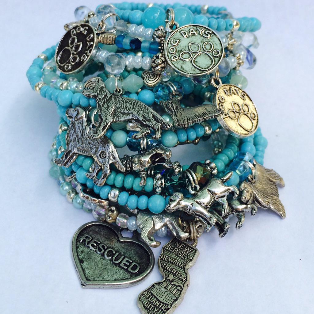 Shore Cords bracelets loves #Pitbulls $18 each w/ $8 donated to MCSPCA Pittie Project. http://t.co/9lKufNmK6z http://t.co/cXvz4Jw06G