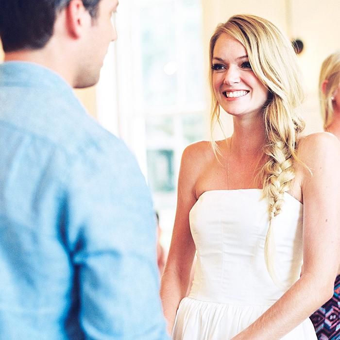 RT @byrdiebeauty: .@LindzEllingson's bridal beauty dos and don'ts: http://t.co/0QD9UuuJEx ← Take notes! http://t.co/mdGPULPQgt