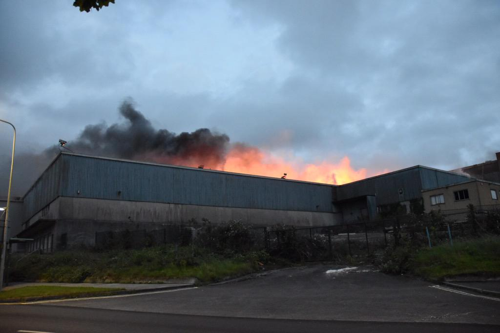 @PlymouthHerald  large fire in Clittaford Road, Southway