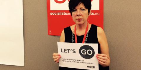Thank you @TheresaMEP for joining calls for an EU serious road injury target. #letsgo http://t.co/BcYy7HW4zY http://t.co/9lKzNPbdB6