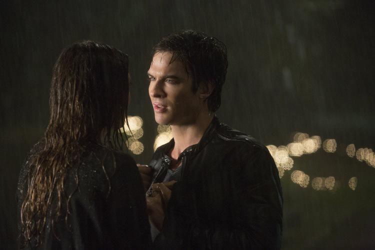 Damon and elena kiss season 3 episode 9 : Passport to paris dvd