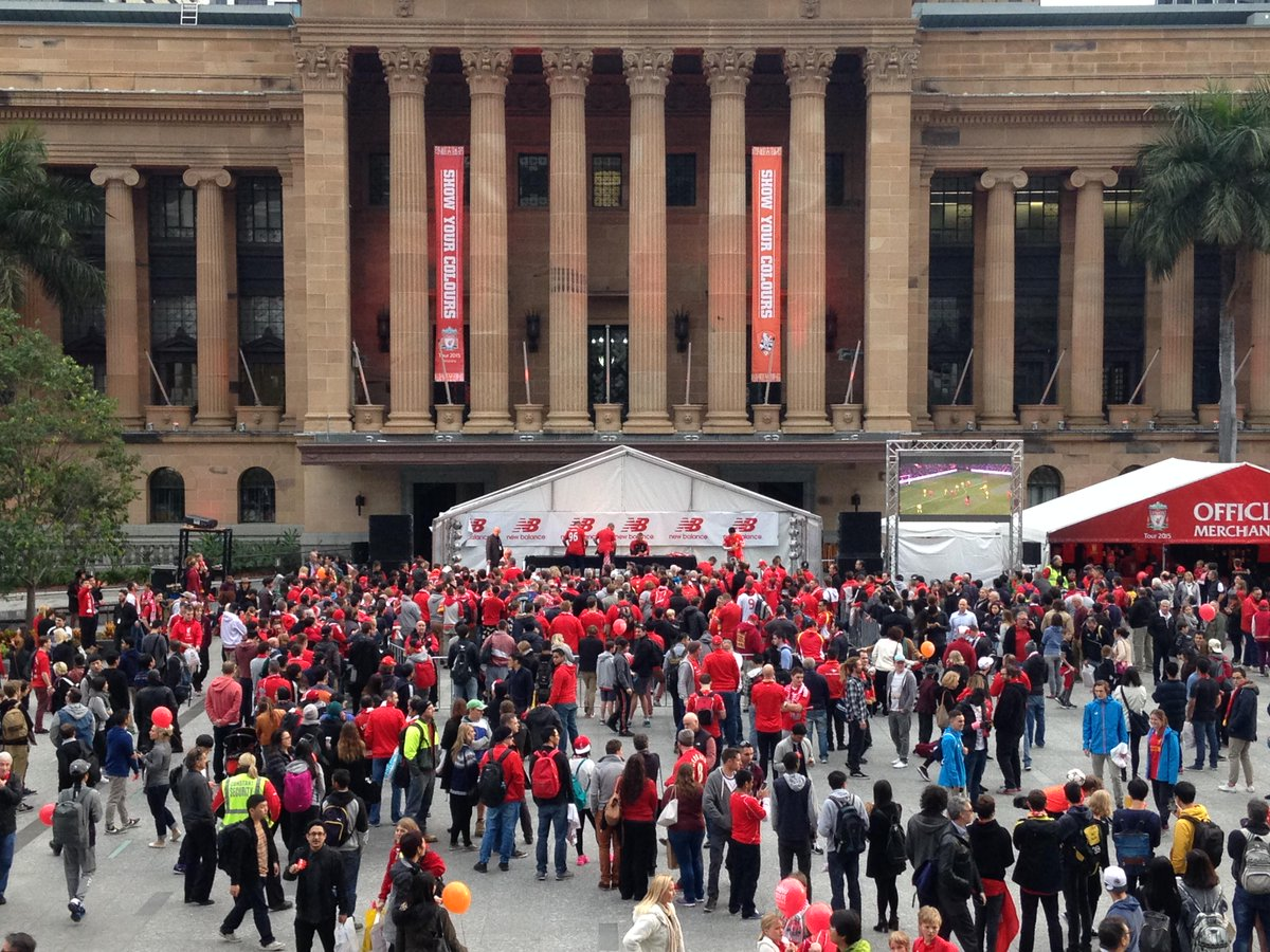 Anticipation building at King George Square in Brisbane ahead of the  LFC   NBFootball away kit reveal today.pic.twitter.com W1K15QniBS 9d868d1b6