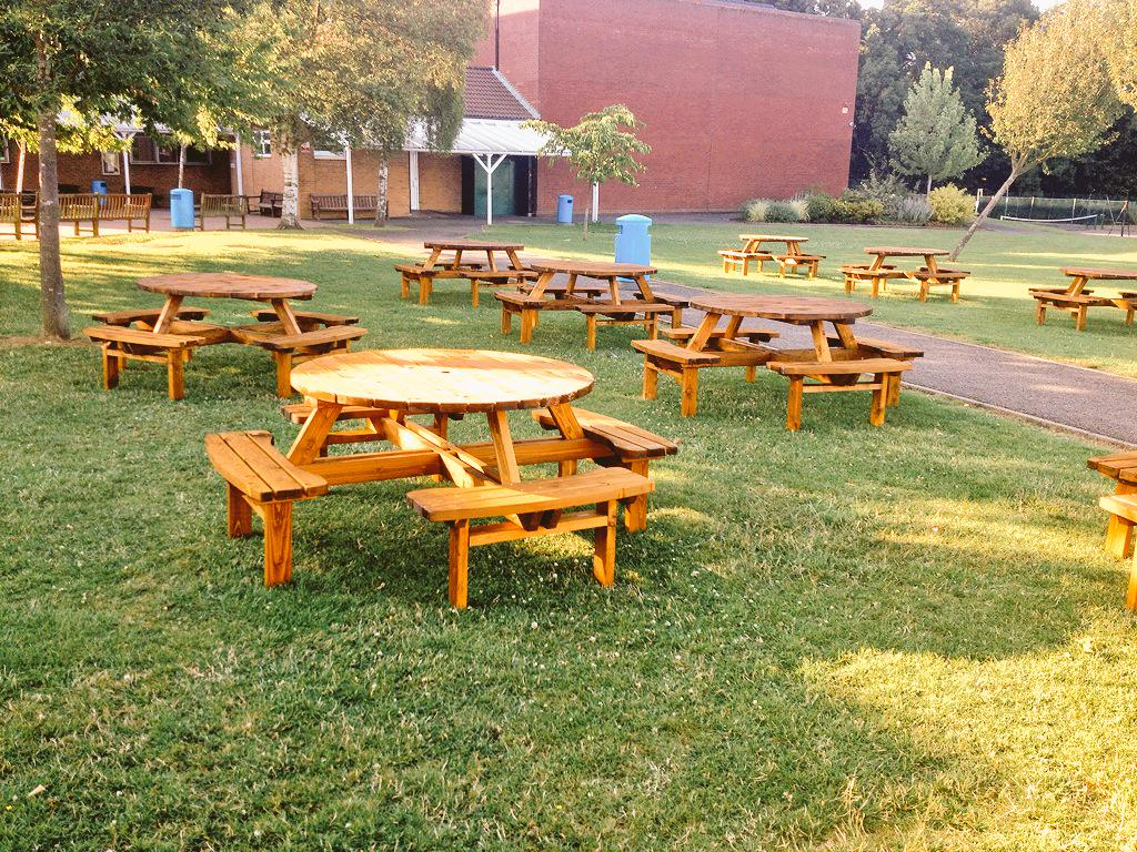 E Timber Products On Twitter More 8 Seater Round Units For Uppingham Community College Roundpicnictable Http T Co Vjgy8xpngz