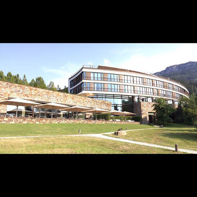 Und immer wieder ein grandios guter Ausblick auf das Berchtesgadener Land http://t.co/YPQnFNQFPC http://t.co/QMjgpXxhPM