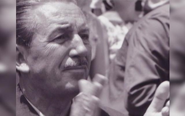 Hear from #Disneyland60 Cast Members on how #WaltDisney's legacy still influences them today: http://t.co/VKnwEU5gov http://t.co/K5lG1TpJzD