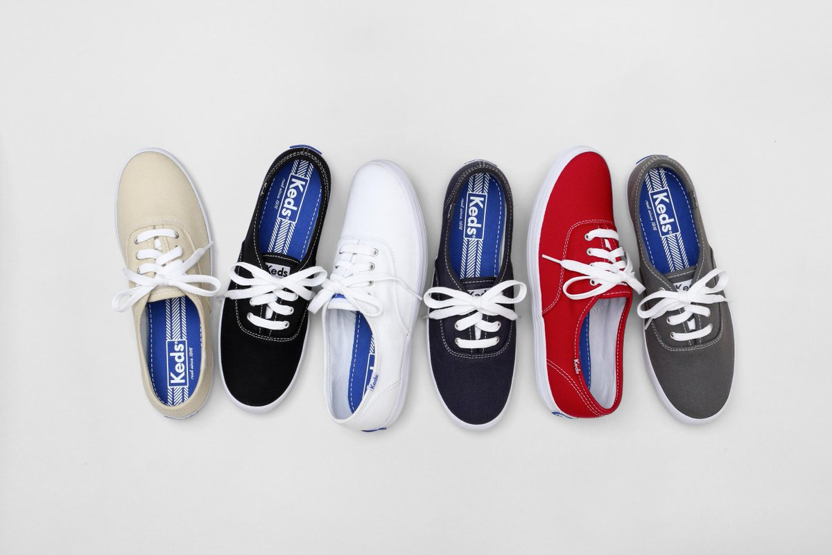 For Day 4 of our Hot Summer Giveaway, RT to Win THREE pairs of @Keds http://t.co/ReMD3e4ayx #TSSgiveaway #KedsStyle http://t.co/yDq2MS5kt8