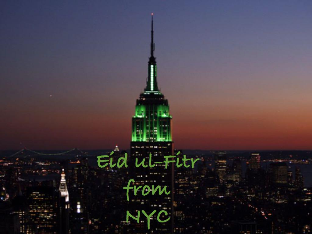 Tonight the @EmpireStateBldg in #NYC is aglow with green lights in honor of Eid el-Fitr. #EidMubarak http://t.co/9cPC4JUNHy
