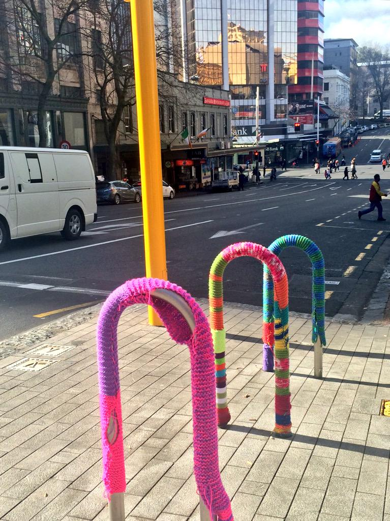 A cosy spot to park your bike if you're out #friding in the city today. @go_friding #bikeakl http://t.co/31wqT8r1bq