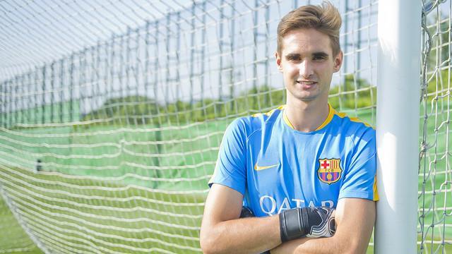 Jokin Ezkieta Joins Barcelona B
