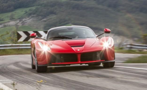 Richiamo Auto Ferrari, problemi con airbag Takata