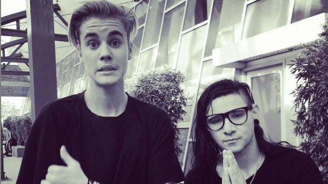 "Skrillex brags about ""virtuoso"" @JustinBieber: ""He'll school you at everything."" http://t.co/x0mn6K8qLl http://t.co/b8G7FIRDxy"