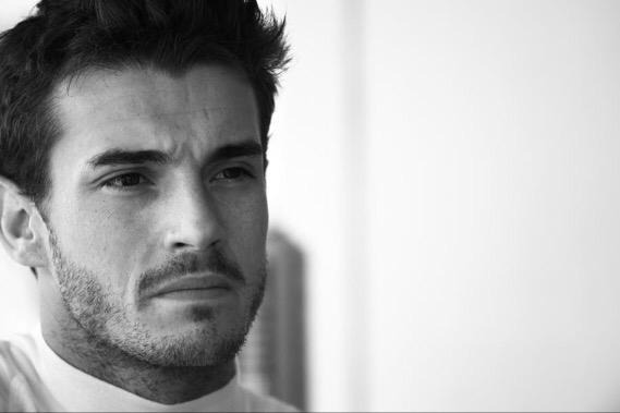 Such desperately sad news about Jules Bianchi. A rare talent who fought so courageously. #JB17 #jules http://t.co/811UJumjrK