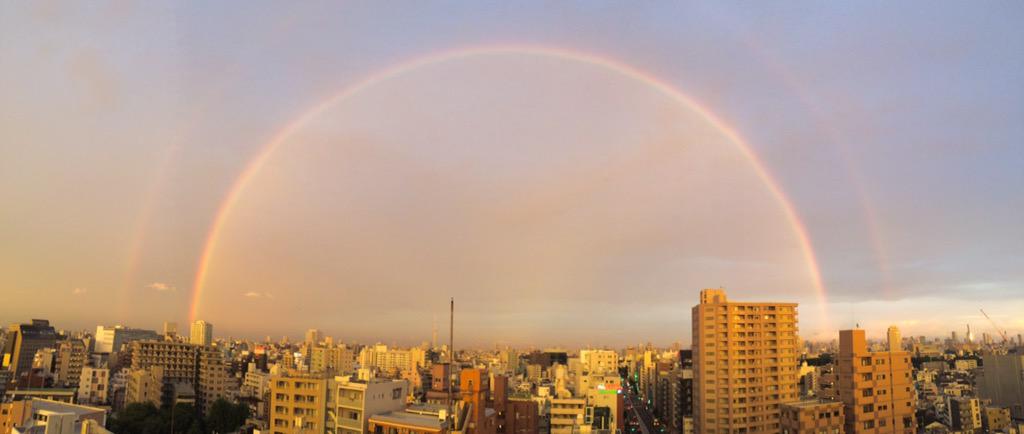 二重の虹ー! #虹 #rainbow http://t.co/aGr2Y9VO56