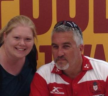 Great to meet you @PaulHollywood at @GloucesterQuays today! Thank you for signing my books :-)