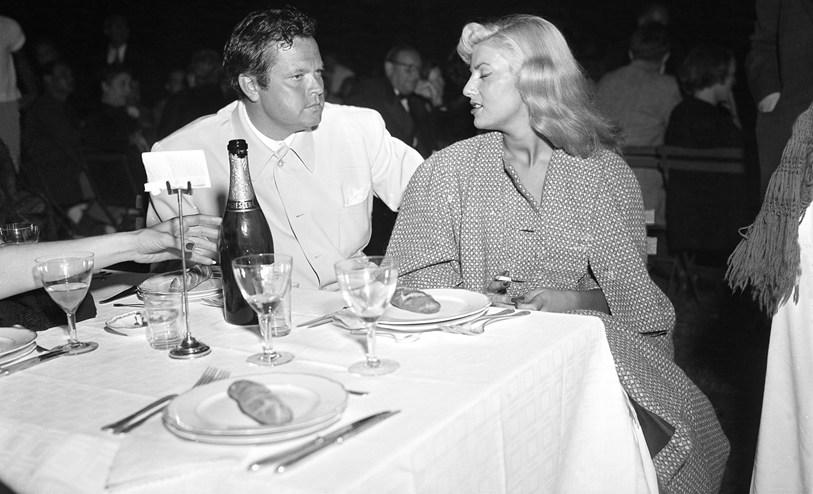 """RT @FilmHistoryPics """"There are three intolerable things in life - cold coffee, lukewarm champagne, and overexcited women."""" Orson Welles."""