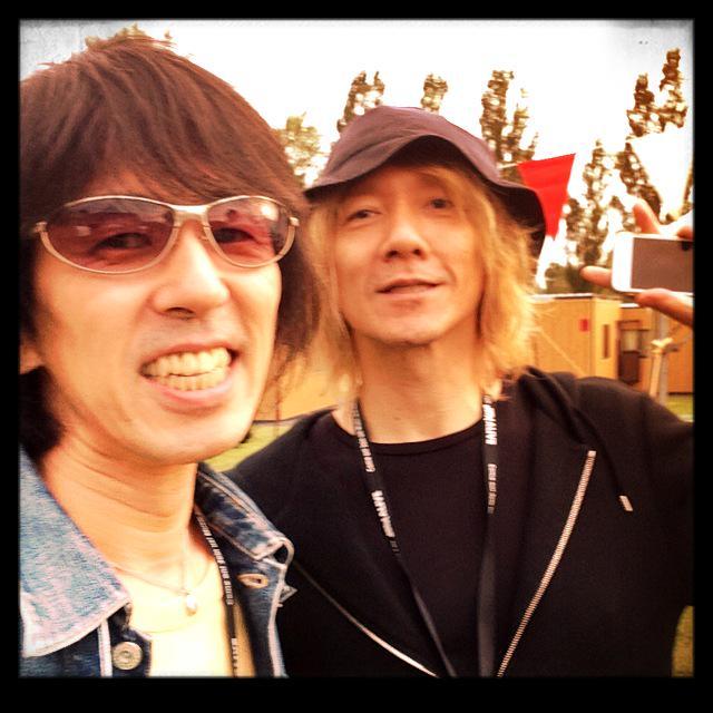 こんばんは、フジー&ヨシーです。  吉井さんが『Groovism』を褒めてくれました。なまら嬉しいです! http://t.co/qe5HjhQNbr
