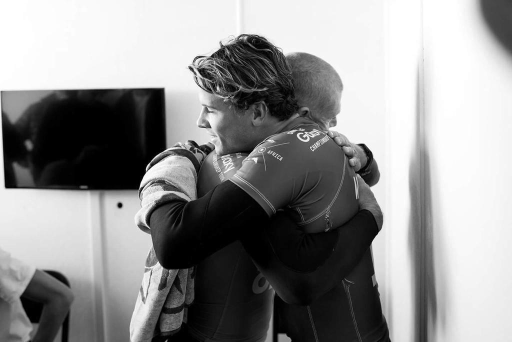 Sports photo of the year.  @Mick_Fanning and @julian_wilson http://t.co/RTFVwykT9W