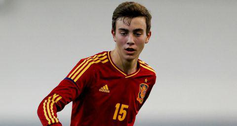 Oriol Busquets Signs Contract Extension With Barca