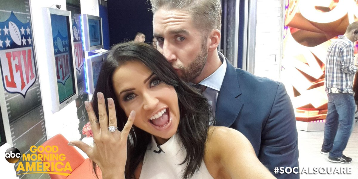 Kaitlyn Bristowe - Shawn Booth - Fan Forum - Media SM - NO Discussion - Page 2 CK_932dWoAAh2kt