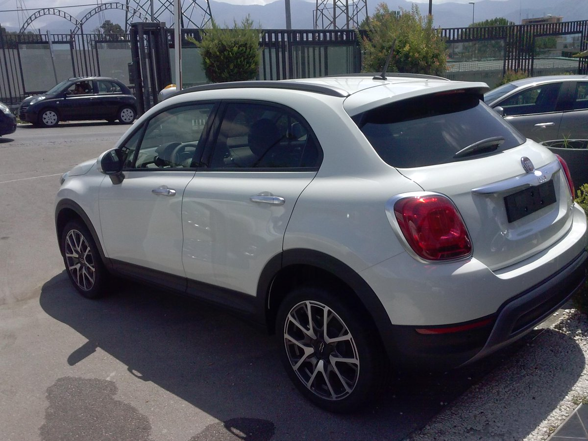 azcharter yachts on twitter fiat 500x 2 0 cross 4x4 bianca km0 offroad crossover. Black Bedroom Furniture Sets. Home Design Ideas