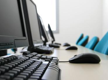 Según algunos, España se enfrenta a una grave escasez de profesionales TI cualificados http://t.co/UBYClLfLEj http://t.co/LR6u44p4OV