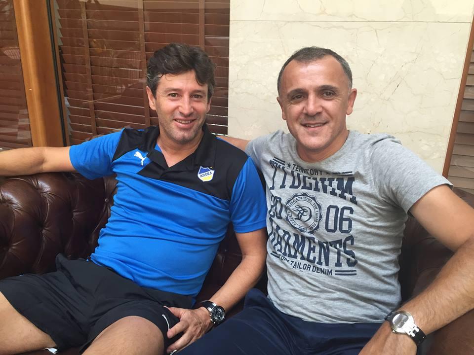 Drulovic with APOEL's manager; photo: Ljubinko Drulovic