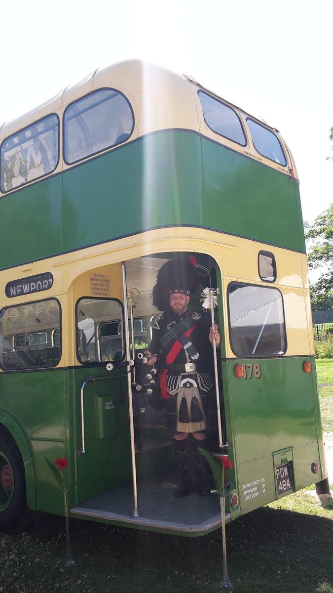 The Newport Vintage Wedding Bus At Llanyravon Manor Last Sunday LlanyManor NewportBus Tco CWFYl4NTBs