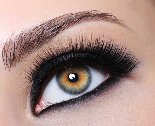 RT @NickyClarkeUK: 10 of the best Mascaras by @Vogue http://t.co/zwXH5PYh2I http://t.co/KfW71HR0fO