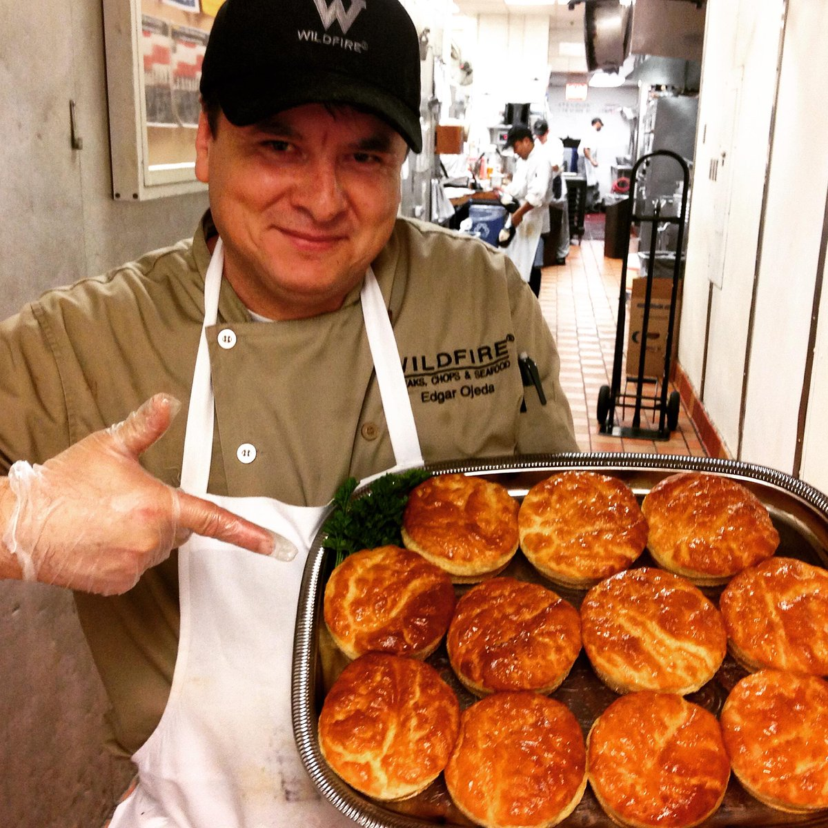 Free of gluten, full of flavor. #GlutenFreeChicago #GlutenFreeBread http://t.co/XQQBORad5Y http://t.co/zd8nGYHiu7