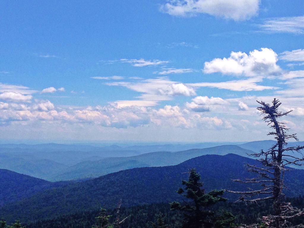 Loving #Vermont @KillingtonMtn @Fotaflo #clicksharegrow #TheBeastpic.twitter.com/ohNpFJGfnW