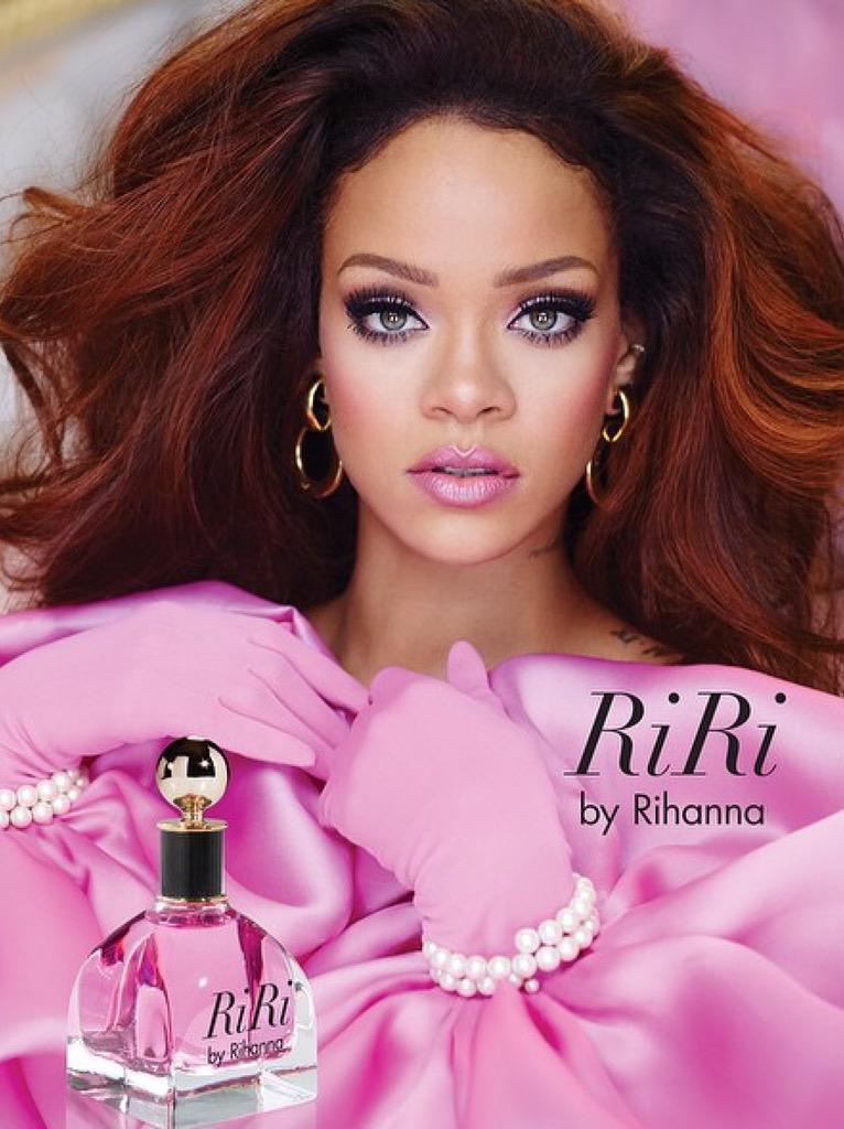 Fragancias >> 'RiRi' by Rihanna - Página 7 CKehNTcUMAAtbTI