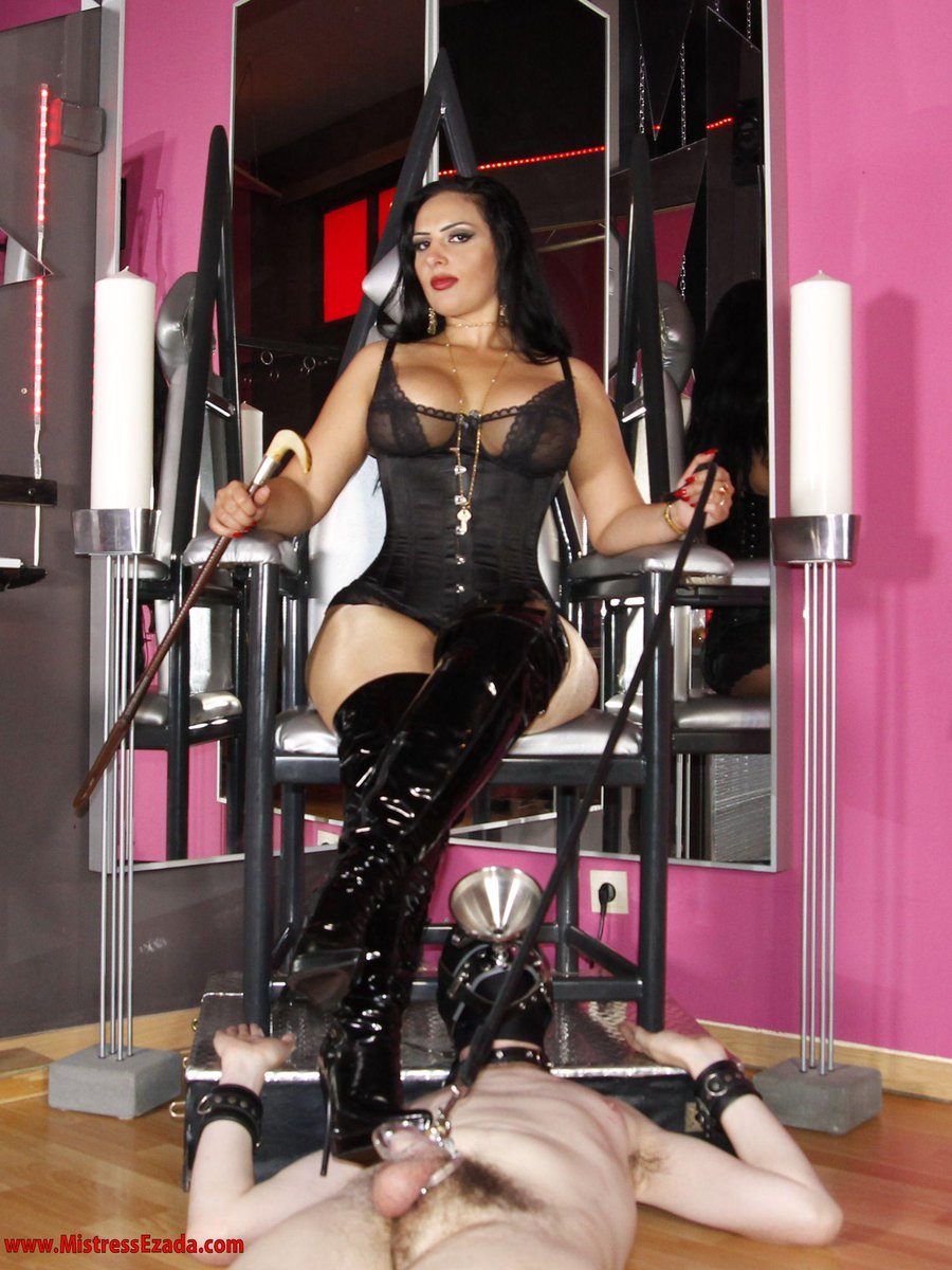 Female worships male feet masters feet site 7