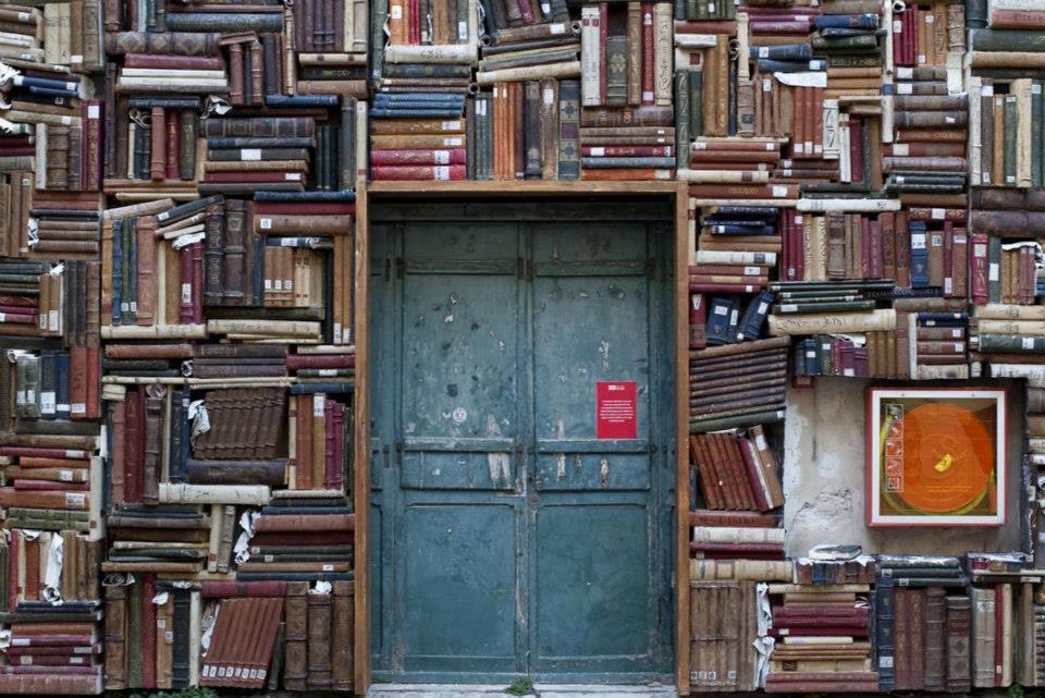 Bilderesultater for bibliotek kunst