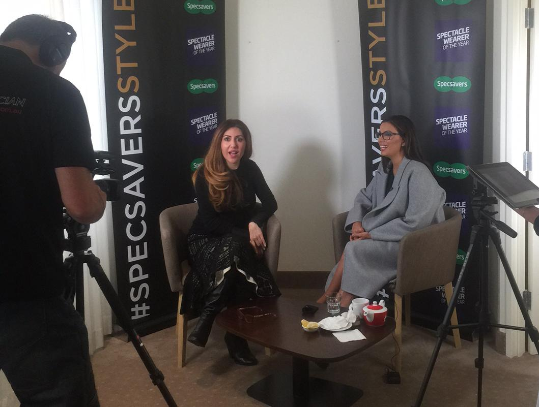 Caught up with the fabulous, spectacled @EvaLongoria today. Video coming soon! #SpecsaversStyle #LoveGlasses http://t.co/1wRYbTWLD6