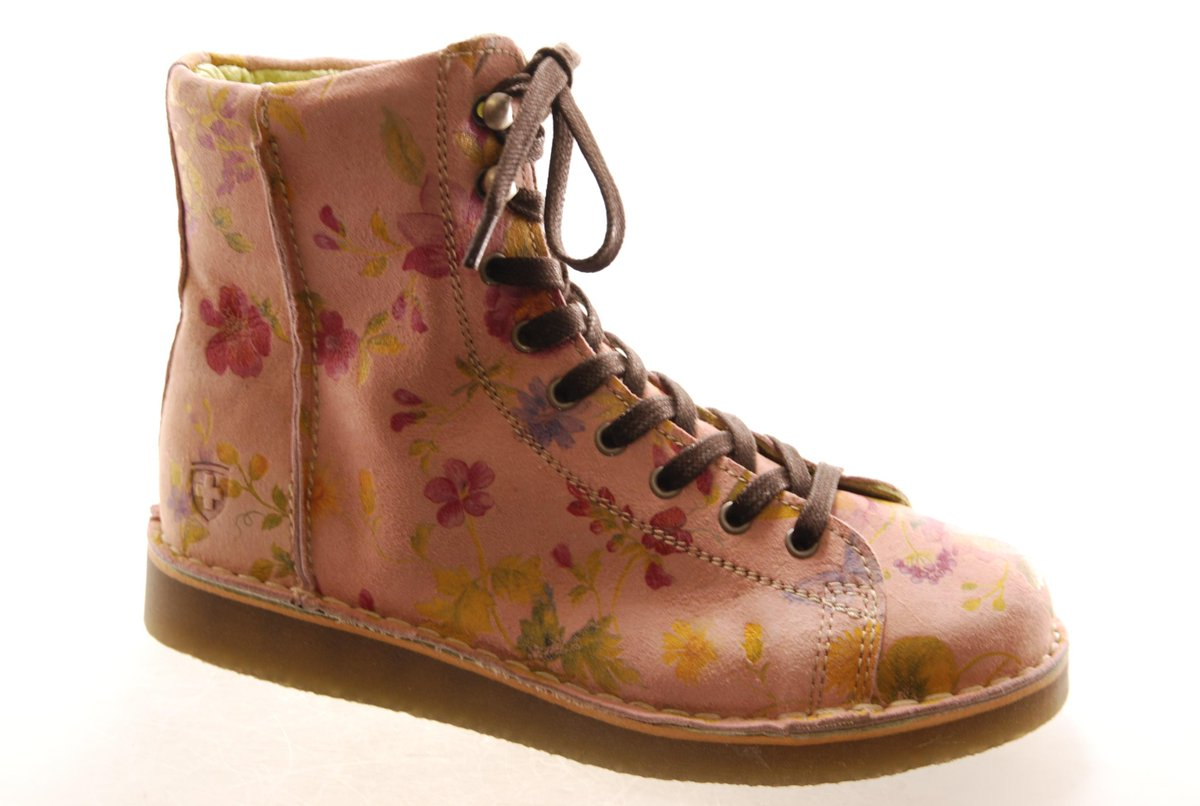 06e500bc91c047 Unsere  Grünbein  Boots-Klassiker Louis Flower neu  interpretiert!pic.twitter.com evDp25WzRq