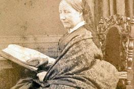 Rare Elizabeth Gaskell manuscripts go digital for the first time http://t.co/7MJL2T9UKt http://t.co/wqmddToe65