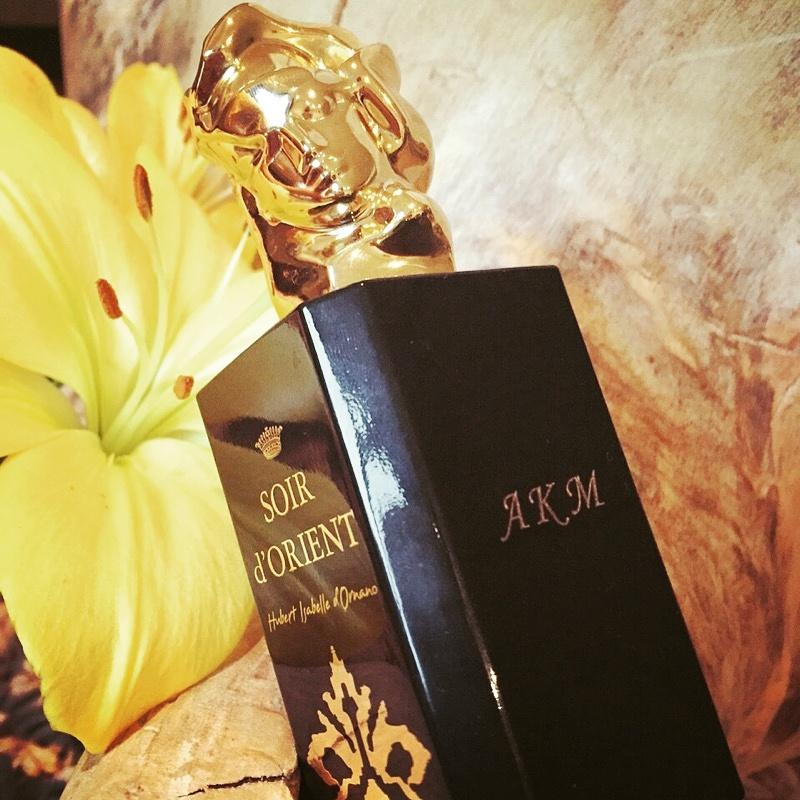 Receive complimentary engraving with the purchase of 100ml Soir d'Orient with Sisley @Selfridges London #soirdorient http://t.co/MRZ8Ehsbyc
