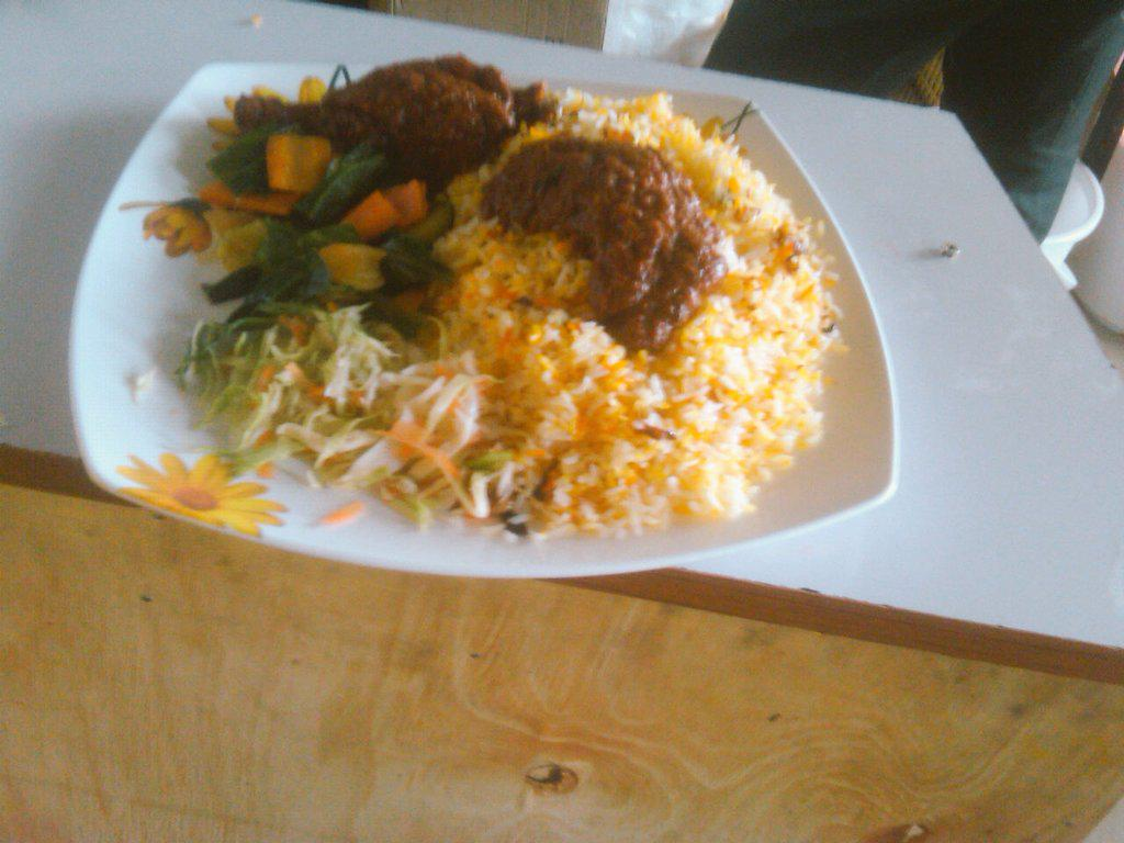 "mwanaisha chidzuga on twitter: ""hungry?karibu lunch #arryannas"