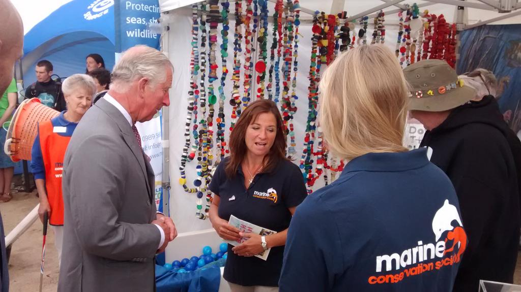 HRH Prince of Wales talking plastic pollution with us at #oceanplasticsday - with @sascampaigns and @CleanCornwall http://t.co/GLAR8Nb4aO